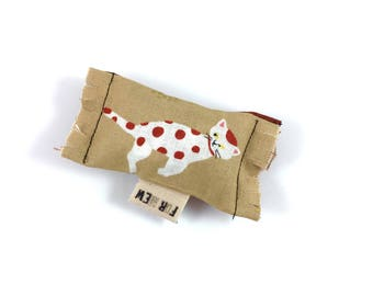 Spotted Cat Green Bean Organic Eco Friendly Catnip Cat Toy For Mew