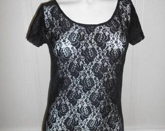 Closing Shop 40%off SALE 90s Black sheer top shirt,  floral blouse