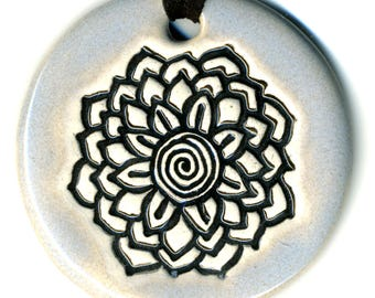 White Radiating Flower Ceramic Necklace in Pale Blue Gray