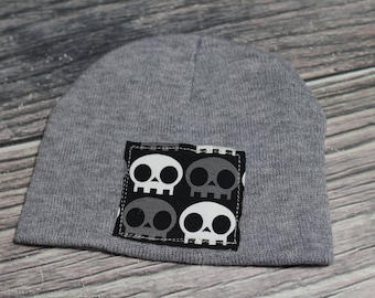RockerByeBeanies Baby to Toddler knit winter skull cap beanie Gray hat with black white skull patch