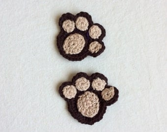 Paw print crochet appliqué in brown  and beige