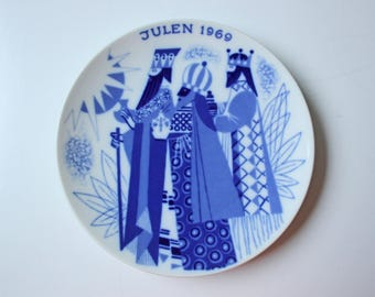 The Three Wise Men - Porsgrund blue and white Commemorative Christmas plate - 1969 Norway Christmas