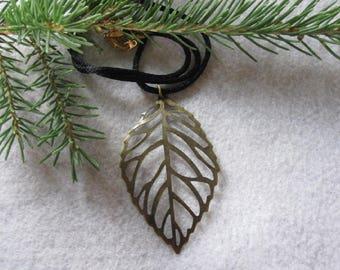 Brass Leaf Pendant ~ Large Brass Pendant ~ Custom Cord Necklace ~ Leaf Necklace ~ Custom necklace Woman ~ Brass Jewelry ~ Gift for Women