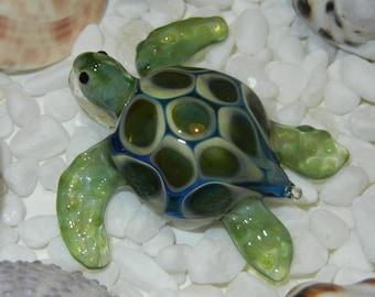 Lampwork Boro Glass Pendant - Focal Bead - SEA TURTLE green