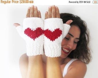 50% CLEARENCE White Fingerless Gloves with Red Heart -  Mittens - Valentines Day by Afra