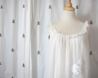 Vintage White Vanity Fair Nighty, Nightgown, Pajamas, Size Small, Lace, Overlay, Illusion, Mid-Century, Penoir, Bride