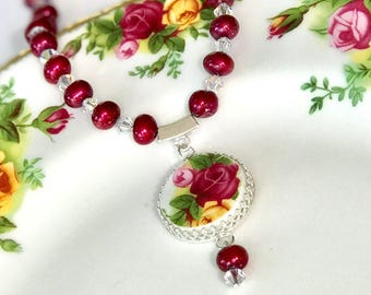 Broken China Necklace Jewelry, Vintage Royal Albert China Necklace, Old Country Roses, Fresh Water Pearls, Red Rose, Birthday Gift Her