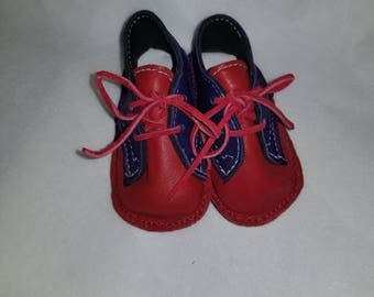 Boys Baby crib shoes size 1, leather red and blue
