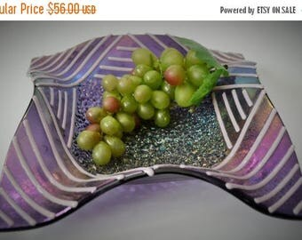 Sale Purple Iridescent Art Glass Dish