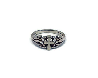 Sterling Silver Ring - Size 6 - Detailed Cross Band - Bella Mia Beads - READY TO SHIP