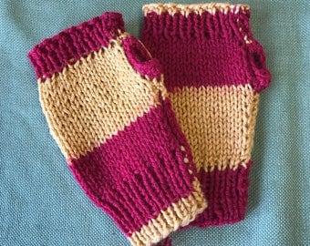 Gryffindor Wins! Hand warmers/ fingerless mitts
