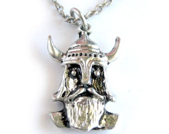 Vinking Pendant Necklace / Silvertone Metal / Viking with Beard / Viking Helmet with Horns / Minnesota Vikings / Silver Necklace / Nordic