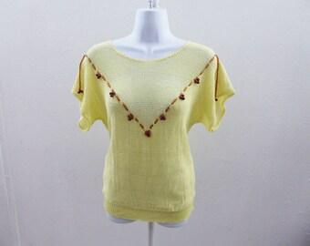 Vintage 70s Sweater Size M Cream Yellow Scoop Neck Flutter Sleeve Boho Hippie