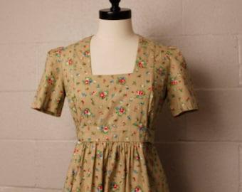Vintage 1970's Tan Floral Prairie Dress S