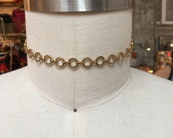 Gold tone circles rings choker necklace