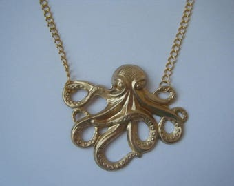 Necklace - Sea monster - gold