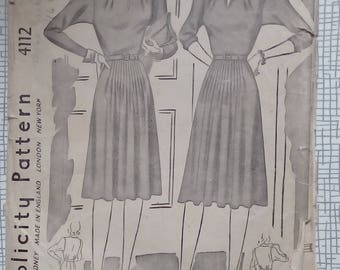 """1940s Dress - 30"""" Bust - Simplicity 4112 - Vintage Sewing Pattern"""
