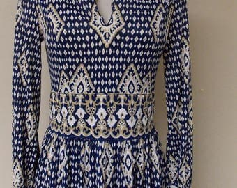 Vintage formal length gown dress, 70s dark blue with darker tan and white diamond/geo shapes, long sleeve, v front, homemade