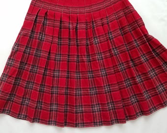 Vintage 1980s Wool Blend Pleated High Waist Modest Skirt Red Plaid Tartan Holiday Christmas