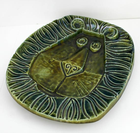Mid Century Lion Pottery Tray Ashtray, Vintage Green Bitossi Raymor Era Lion Plate