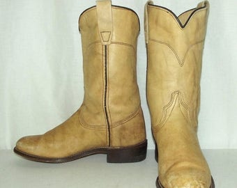 Light Tan cowboy boots - womens size 5.5 M - Wrangler brand western wear boho hippie