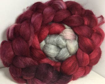 BFL Yak Bombyx Silk 50/25/25 Roving Combed Top - 5oz - Victorian Gothic 1