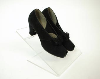 Vintage 1930s Shoes - Darling Perforated Black Suede Late 30s Heels with Bow Vamp and Chunky Heel Size 7