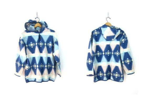 vintage southwestern fleece sweatshirt Pullover Hoodie Blue and White Pattern blanket Sweater Long Fall tribal jacket Women's Medium
