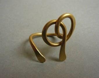 Brass steel strand Sissi bow/heart ring