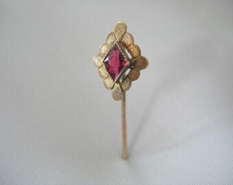 Garnet Gold Filled Stick Pin, Diamond Shape, 1940's, Sawtooth setting, Red purple stone, Scalloped surround