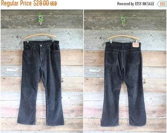 """SALE 80s Levi's 517 black corduroy pants   1980s men's cords   waist 36"""""""