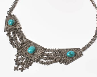 Vintage 70s Ethnic NECKLACE / 1970s Gypsy Chain Mail Metal & Turquoise Necklace