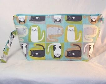 Kittens in Mittens Beckett Bag - Premium Fabric