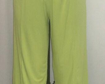 Coco Juan, Plus Size Pants, Lagenlook, Plus Size Capris, Kiwi Green, Traveler Knit, Plus Size  Crop Pant, Women's Pant, Size 2 fits 3X, 4X