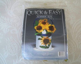 Craft Supplies Stitchery Craft Kit Quick and Easy Floral Centerpiece Plastic Canvas Needlecraft