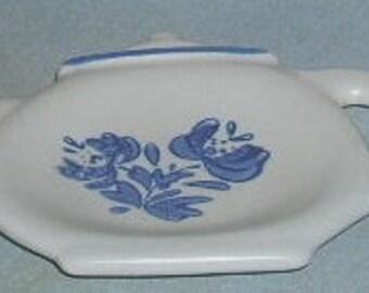Pfaltzgraff Yorktowne Tea Bag Holder