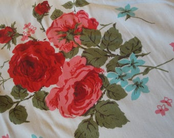 Vintage Table Cloth Roses Red Pink Turquoise 61 X 54