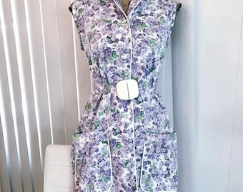 40% OFF Christmas in July Vintage 50's early 60's Era Belted Sheath in Lilac Print -- Size L