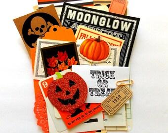 Halloween Vintage Ephemera Pack / 30+ Pieces / Paper Pack / Ephemera Kit