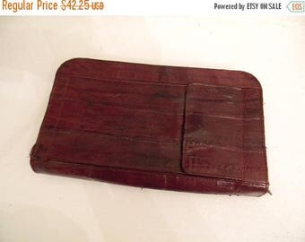 20% Off Memorial Day SALE vintage. Deep Wine Red Burgundy Snake Skin Wallet // Unisex