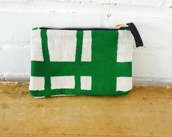 Kelly Green Picnic linen zipped card holder, Ready To Ship Now