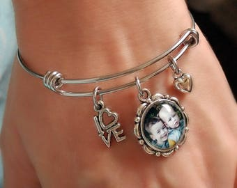 Photo Bracelet / Photo Charm Bracelet / Custom Photo Jewelry / Grandma Jewelry / Grandma Bracelet / Mom Jewelry / Mom Bracelet / Photo Charm