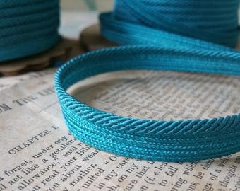 Striking Turquoise Teal Vintage Cord With Lip - 3mm Cording - 10 Yards of Piping - 1930's trim