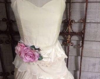Sample sale !! Ivory raw silk short wedding gown/ reception dress  Size 4 small