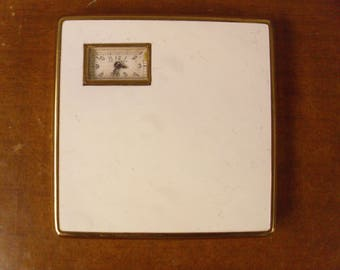 Vintage 1940's/1950's  Illinois Watch Case Co. Compact