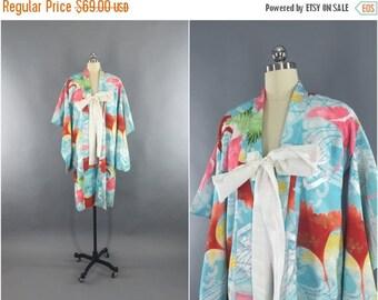 SALE - Vintage 1980s Kimono Robe / Dressing Gown / Downton Abbey Art Deco / Japanese Crane Birds Print / Aqua Blue and Silver