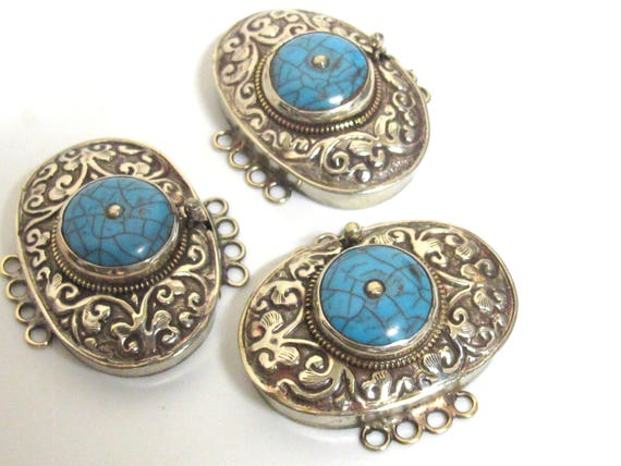 1 clasp - Large size ethnic Tibetan silver blue crackle resin inlaid statement box clasp pendant  from Nepal - LN037