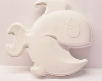 Ready To Paint/DIY/Plaster/ChalkWare/PlasterCraft Wall Décor/Wall Hanging/Wall Plaque Smiling Fish #512