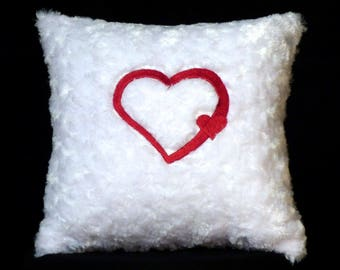 New Embroidered White Red Double Heart Pillow New 12 x 16 Insert — Item 285