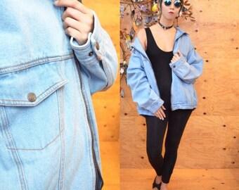 vintage XL oversized light washed denim jean jacket unisex
